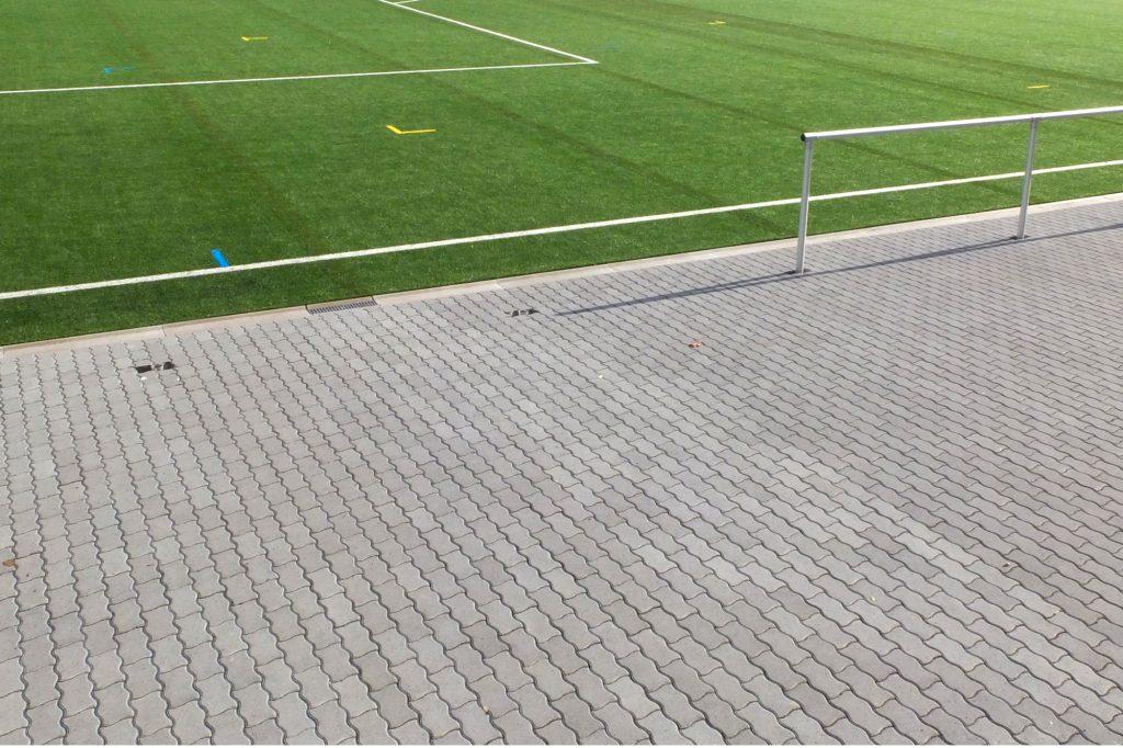 PW Pflastersteine Stadion Außenfläche