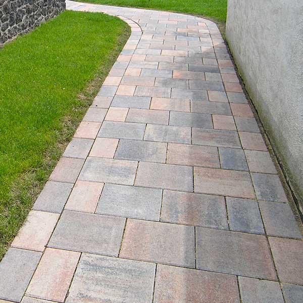 Zenit Pflaster Platten Steine im Garten